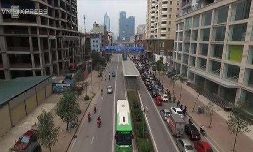 Hanoi rapid bus