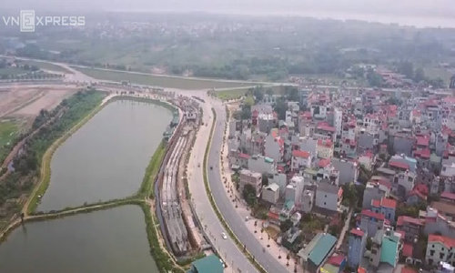 A look at Hanoi new 'gold' road
