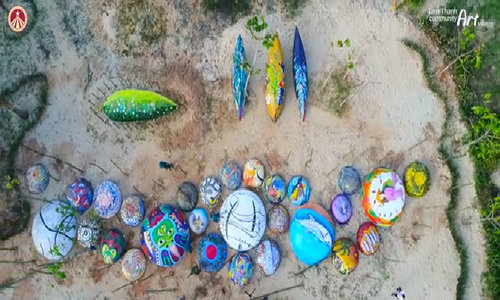 Color up: coracles are now artworks in central Vietnam
