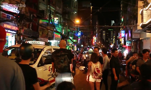 Go your own way: Tourists eager for Saigon's second walking street