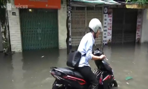 Hanoi, in the aftermath of Talas storm