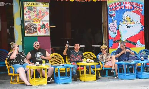 Your checklist for things to do on Saigon's backpacker street