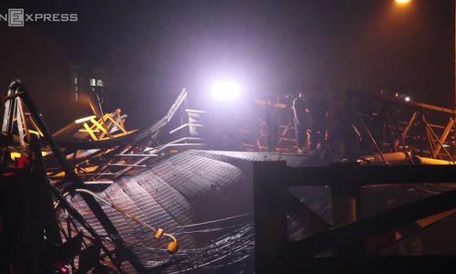 Saigon bridge collapse sends truck and bike into canal, no death reported