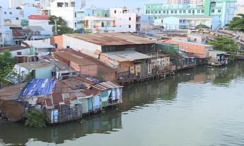 Saigon plans 10,000 apartments for slum dwellers