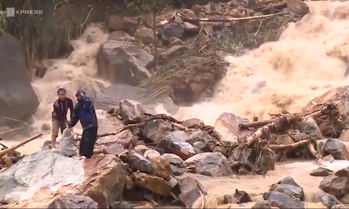 Flash floods ravage northern Vietnam