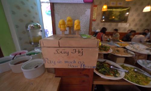Saigon vegan buffet where you pay what you can