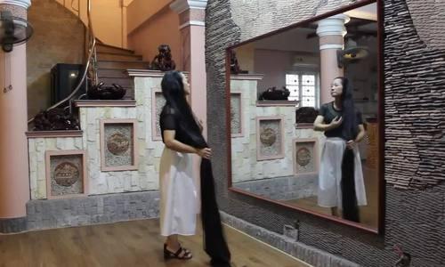 Meet the Vietnamese woman with 2.4m hair