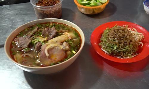 Saigon's Hue beef noodle soup eatery