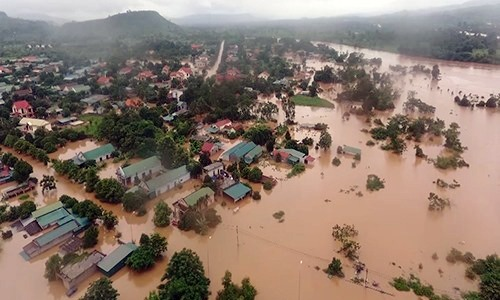 600 houses flooded as tropical depression hits central Vietnam