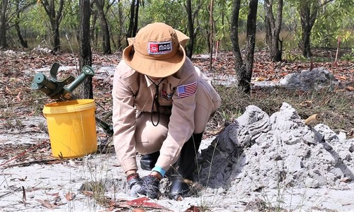 These brave women clear landmines