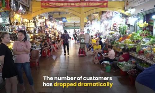 Gloom pervades Ben Thanh Market as coronavirus fears keep people away