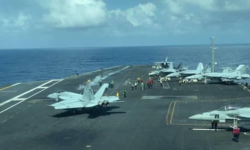 Experts: Aircraft carrier visit elevates Vietnam-US ties