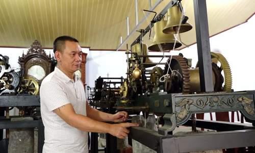 Vietnam's largest public clock collection