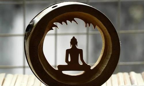 Saigoneer turns bamboo culm into Buddhist art