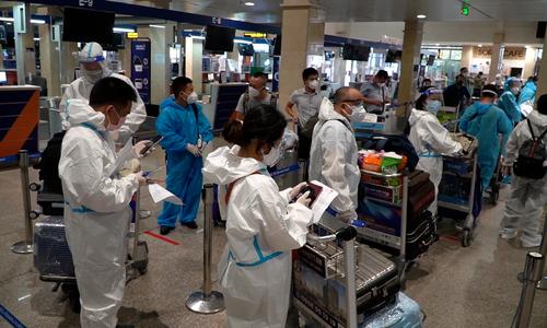 Stranded passengers joyous as domestic flights resume -edited