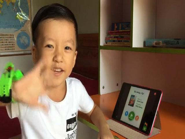 Bí quyết học tiếng Anh của Bé Quang Bình Mặt trời bé con