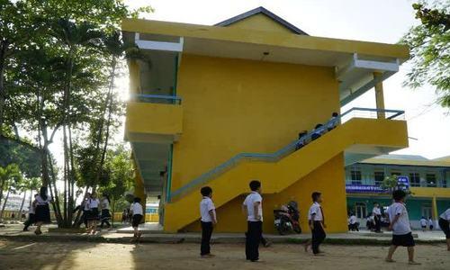 Ông bố Nhật Bản đến Việt Nam xây trường học theo di nguyện con gái/ông bố Nhật Bản dốc hết tài sản đ