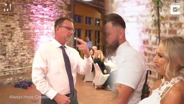 Cha hát bằng ngôn ngữ ký hiệu mừng cưới con gái