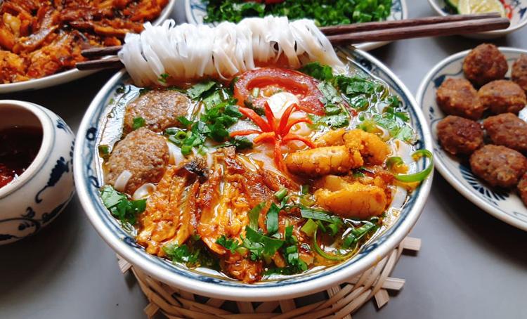 Cách làm canh cá Quỳnh Côi tại nhà