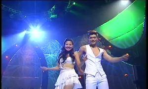 Trung Hiếu - Trúc Phương nhảy Mambo