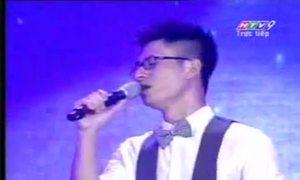 Trần Tuấn Hòa hát ca khúc 'Mẹ'