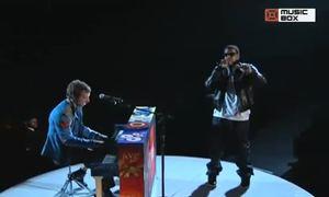 Chris Martin và Jay-Z tại Grammy 2009