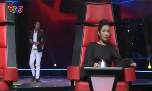 Giọng hát Việt 2013 - Tập 2 Vòng giấu mặt: Đình Nhân hát 'Mắt đen'