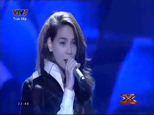 Hồ Ngọc Hà hát 'Still loving you'