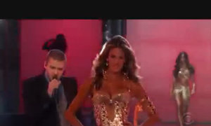 Justin Timberlake trong show Victoria's Secret
