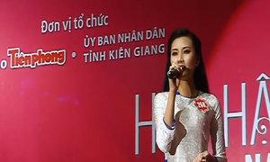 Nguyễn Thanh Tú giới thiệu huyện đảo Phú Quốc bằng tiếng Anh