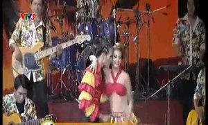 Sử Duy Vương - Antoaneta nhảy Samba kết hợp Chachacha