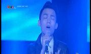 Lê Thái Sơn hát 'Nhìn lại'