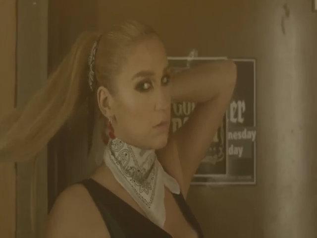 'Timber' - Pitbull feat. Kesha