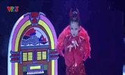 Hoàng Vân nhảy dancesport