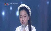 Khánh Linh hát 'Để gió cuốn đi'