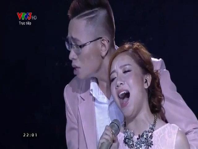 Hạ Vy - Đăng Quang hát 'Đêm cô đơn'