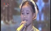 Bích Hạnh hát 'Vịnh xuân đất tổ'