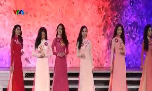 Thí sinh 'Hoa hậu Hoàn vũ Việt Nam 2015' trình diễn áo dài
