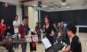 Mỹ Linh hăng say tập luyện cho đêm nhạc