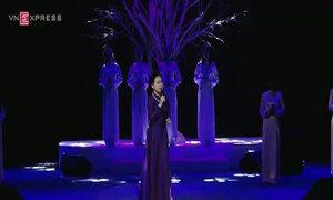 Khánh Ly hát về nỗi lòng người xa Hà Nội
