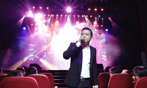 Tuấn Hưng hát '60 năm cuộc đời'