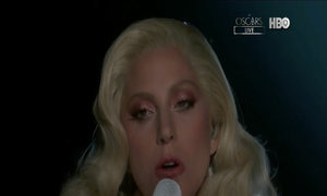 Lady Gaga biểu diễn ca khúc 'Til It Happens to You'