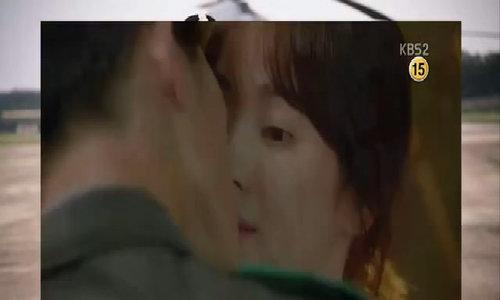 Nụ hôn của Song Joong Ki, Song Hye Kyo