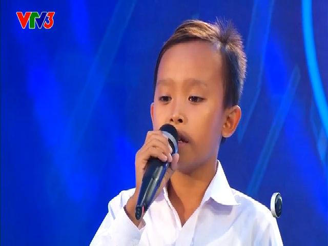 Hồ Văn Cường hát 'Áo mới Cà Mau'