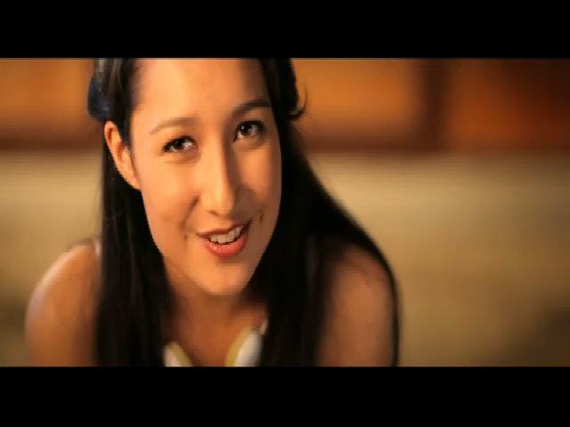 MV 'Tuổi 16' - Anna Trương