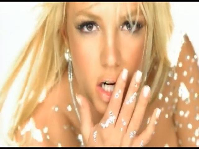 MV 'Toxic' - Britney Spears
