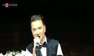 Đàm Vĩnh Hưng hát 'Ngôi sao cô đơn'