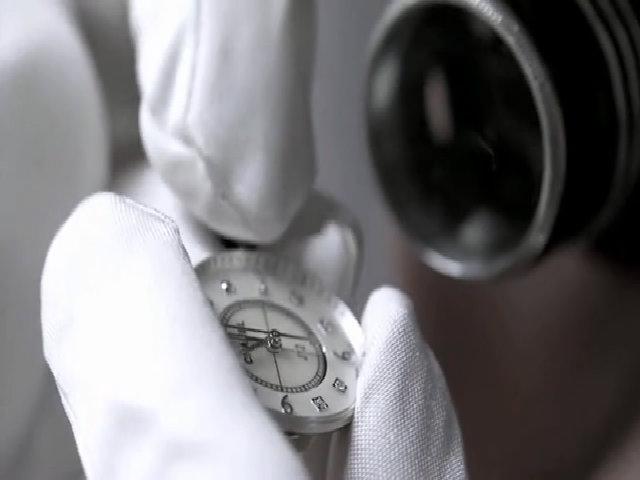 Quá trình Chanel chế tác đồng hồ ceramics giá nửa tỷ đồng