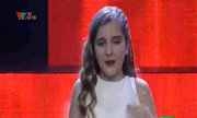 Milana hát 'Về ăn cơm'