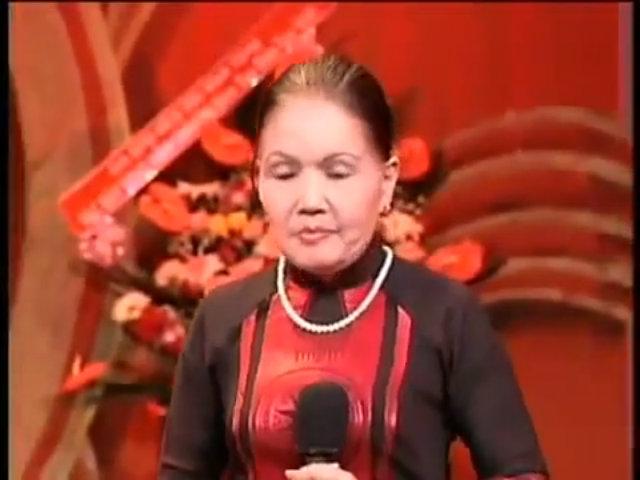 'Hoa lan trắng' - Út Bạch Lan